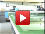 Automatic glass cutting table
